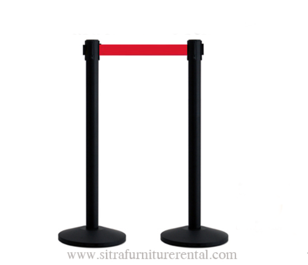 Black stanchions with red retractable belt