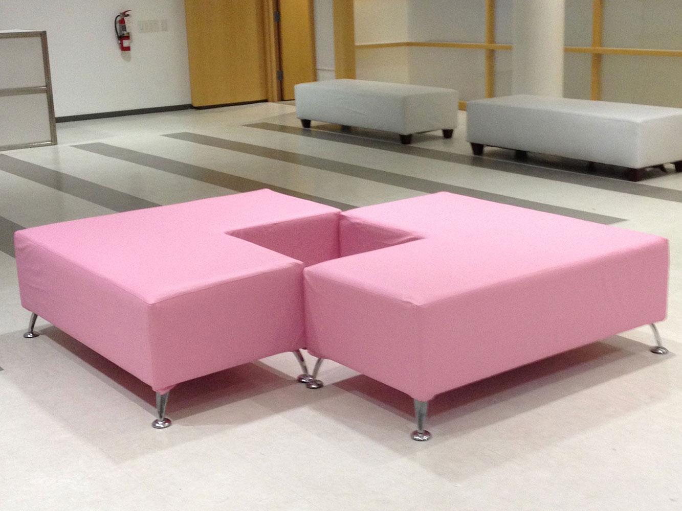 Pink L ottomans