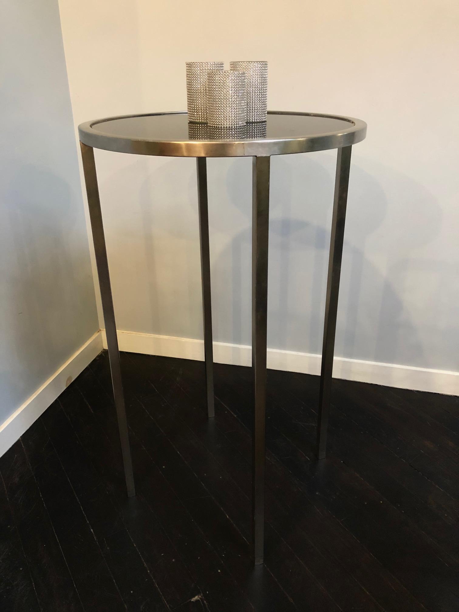 White Maria Cruiser table